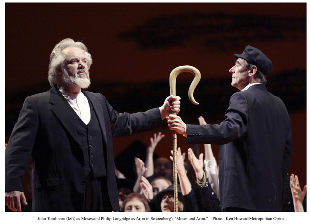 Moses and Aaron Photo by Ken Howard, Metropolitan Opera