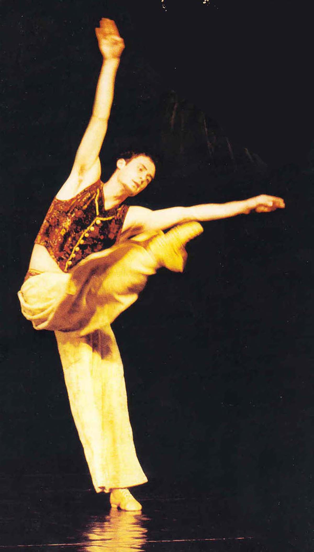 The King dances - Purim: The Casting of Fate Gyor National Ballet of Hungary
